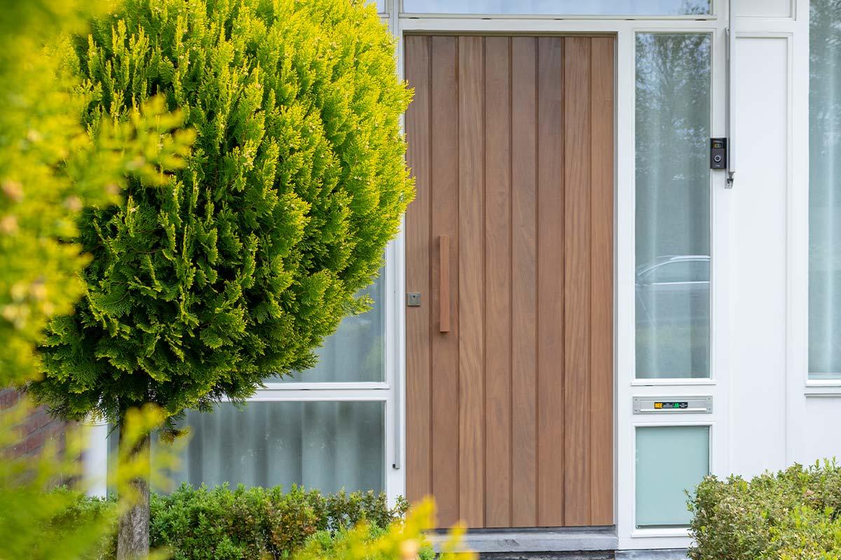 houten-voordeur-bestaand-kozijn