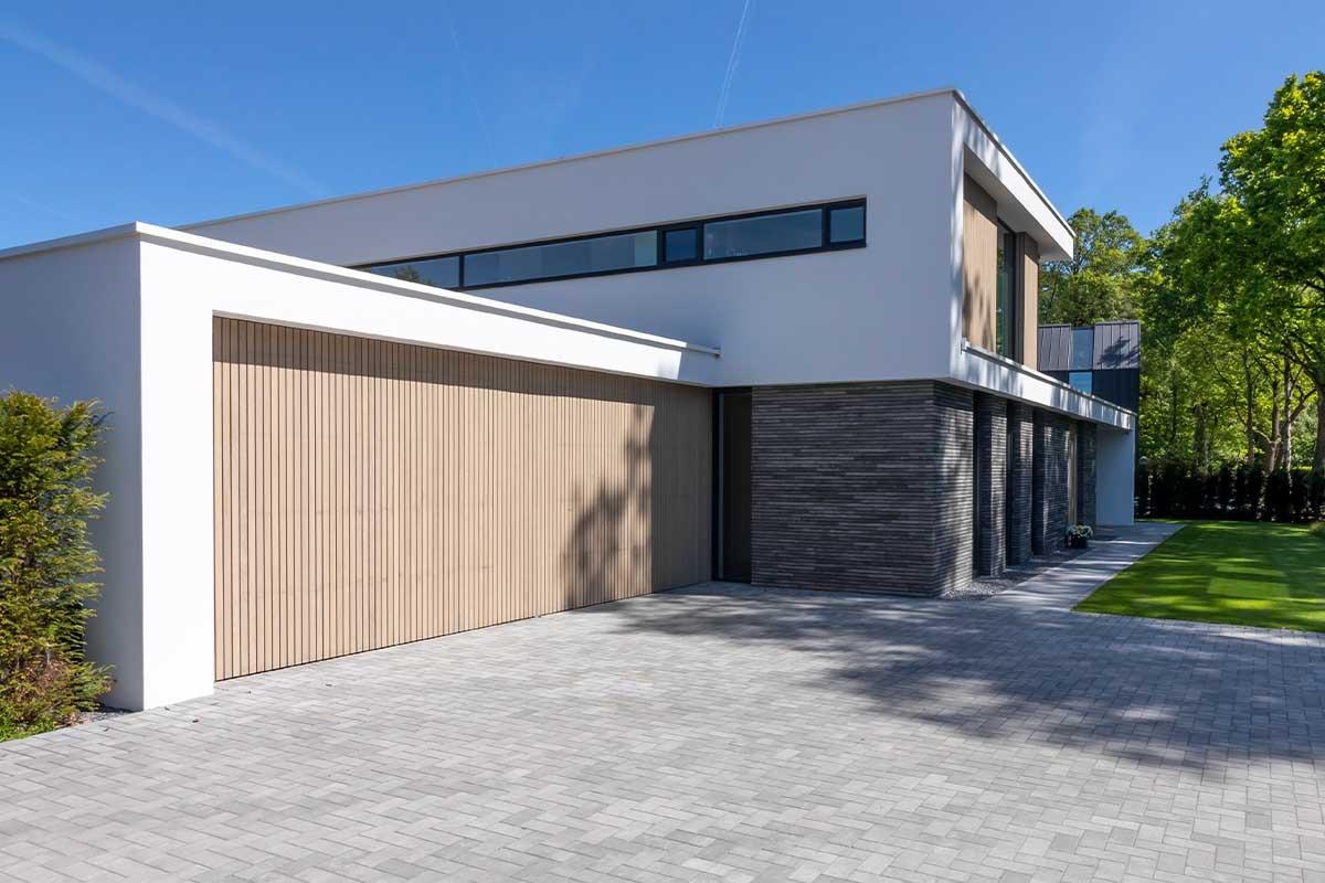 luxe elektrische houten garagedeur