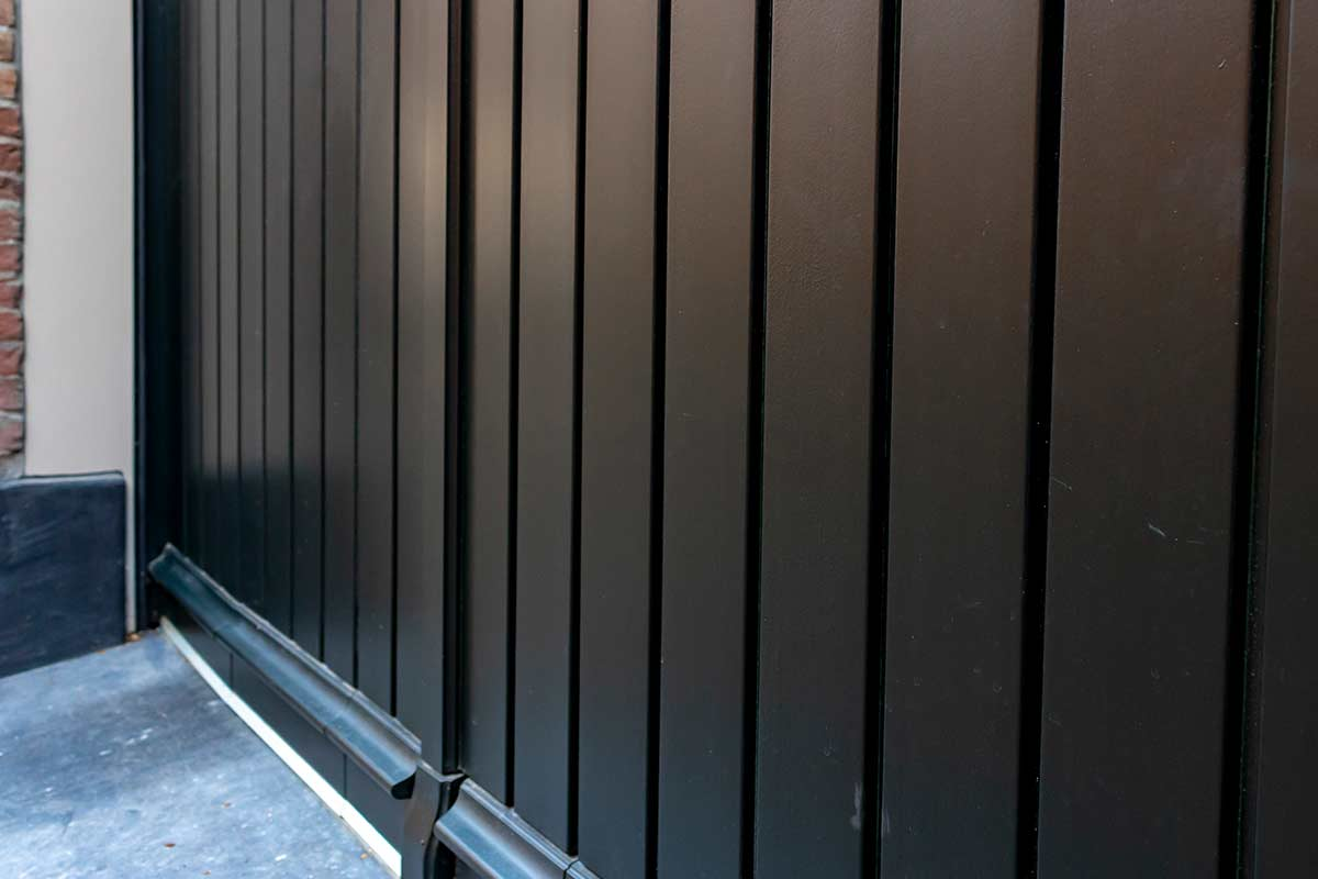 houten garagedeur verticaal