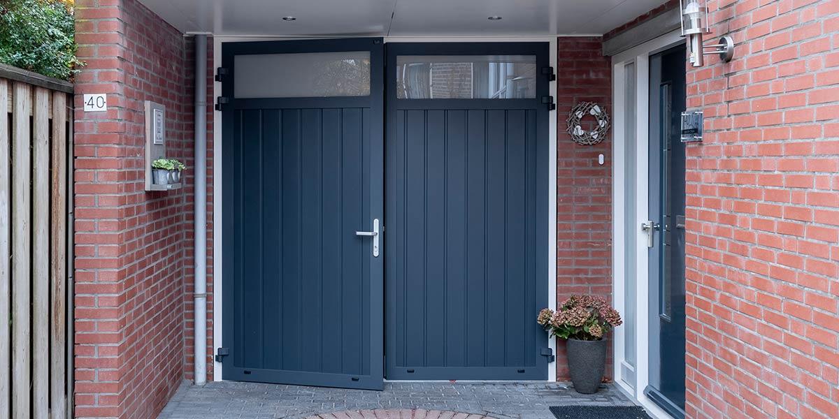verticale-openslaande-garagedeur