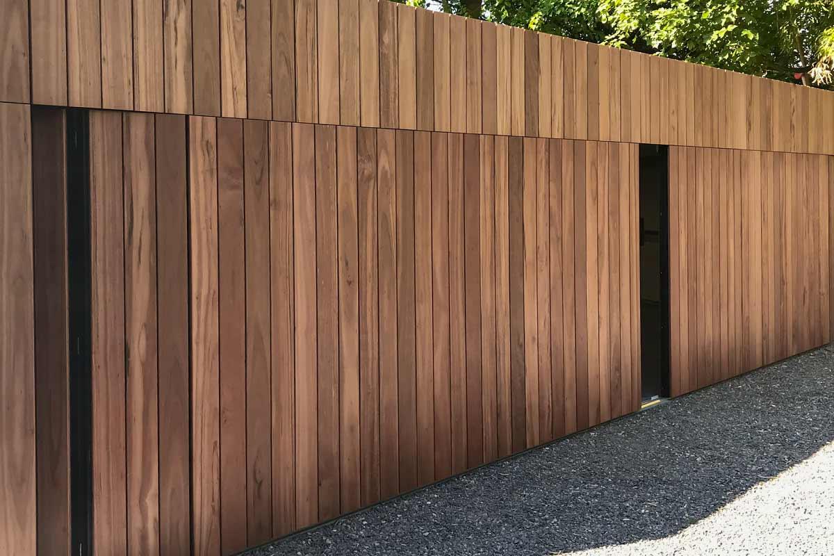 zijwaartse-houten-garagedeur-5