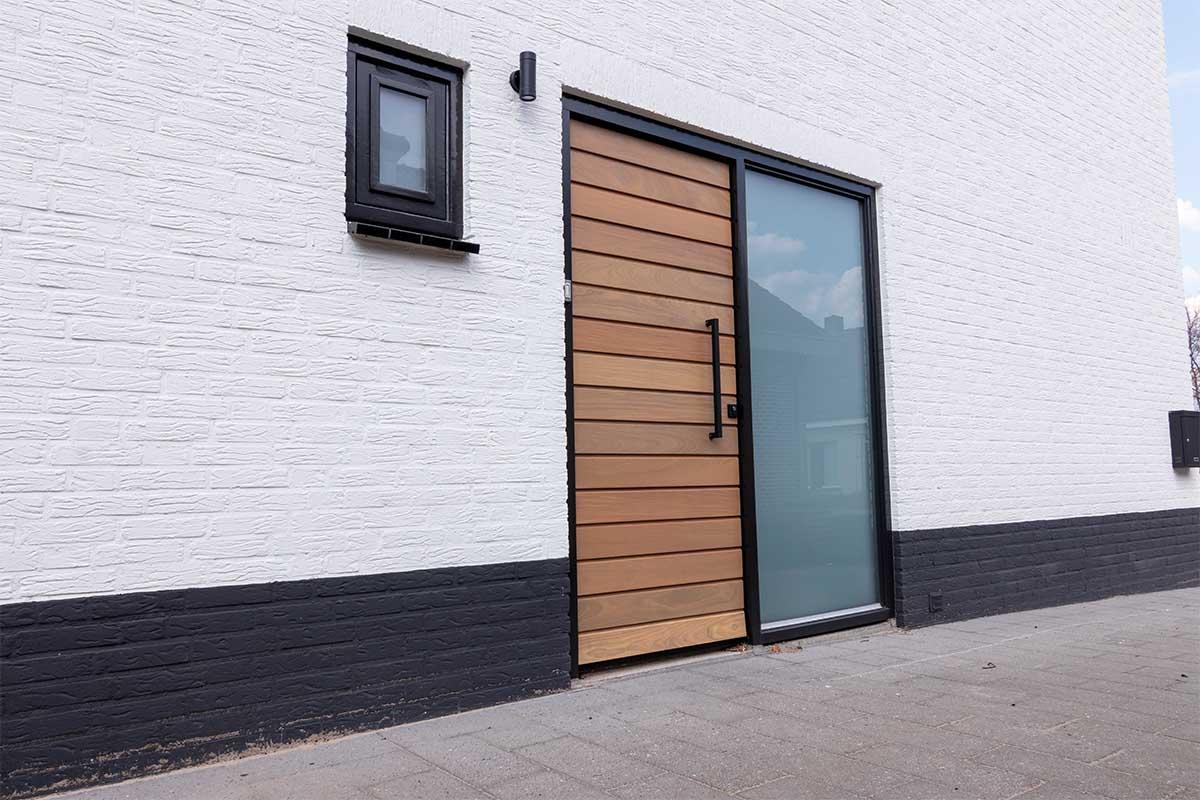 houten voordeur in bestaand kozijn (1)