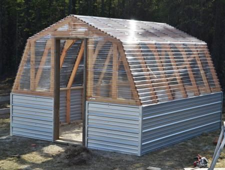 My greenhouse will be similar with a barn style roof but will not be roofing panels such as used on Anau0027s greenhouse.I am hoping to use vinyl sheeting ... & Barn Greenhouse #1: Decisions - by nitepagan | GardenTenders.com ... memphite.com