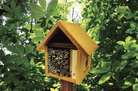 Garden Tower Bee Cabin Leafcutter