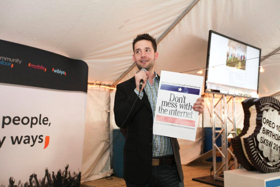 Reddit CoFounder Alexis Ohanian at the 'Don't Mess With The Internet' event at Conduit Corner