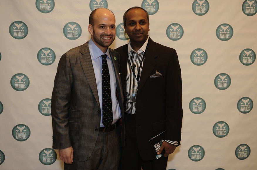 Shorty Awards CoFounder Greg Galant (sporting the failwhale tie) and Columbia Journalism School dean Sree Sreenivasan