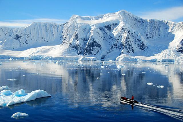 Antarctica-Glacier-Full