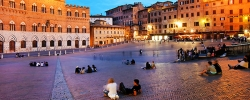 Things to do in Siena's Piazza del Campo