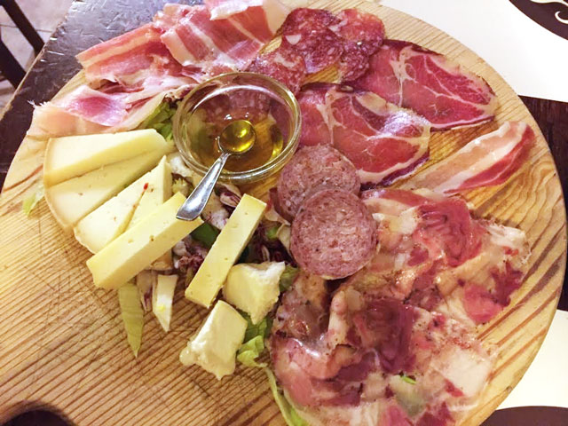 TOT_SarahKaplan_MeatCheese-Perugia-(2)