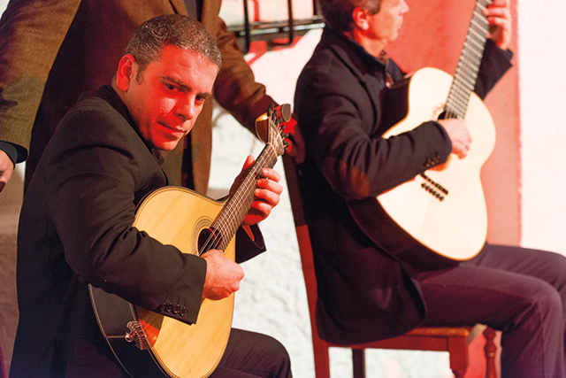 Fado-Show-Music-Lisbon-Portugal
