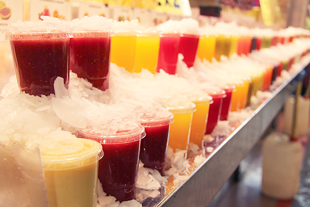 Fresh fruit juice in la Boqueria market in Barcelona, Spain