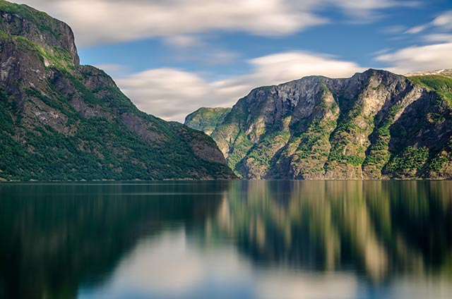 Nærøyfjord-640px