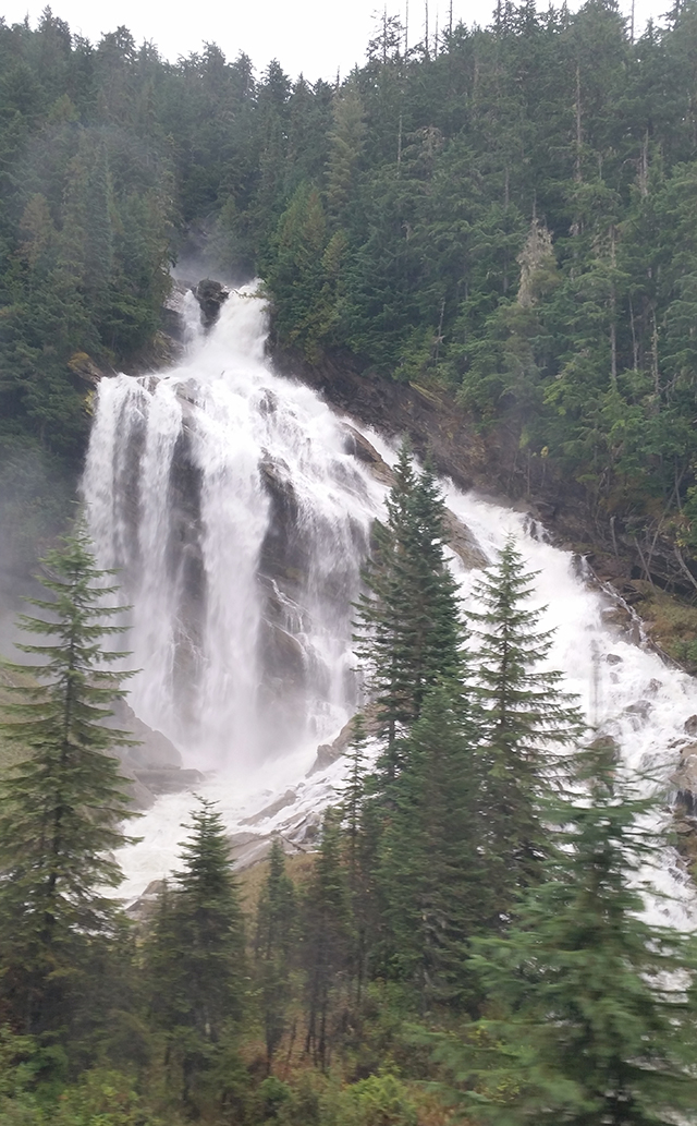 Pyramid Falls in the Candian Rockies