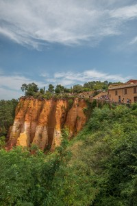 The scene upon arriving in Roussillon
