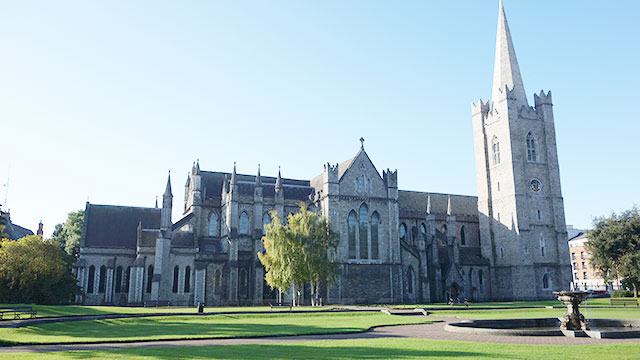 st-patricks-cathedral-dublin-ireland-courtney-eir
