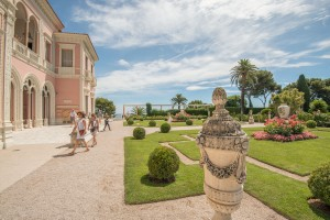 Picture-perfect gardens at the Villa Ephrussi