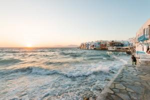 Crashing waves in Mykonos