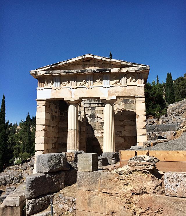 delphi_sanctuary of apollo_8