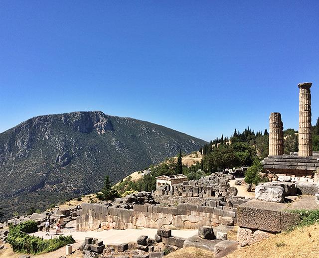 delphi_sanctuary of apollo_7