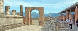 Follow Katie on tour: Day 4 – Walking around Pompeii and Mount Vesuvius