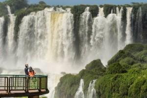 Feeling the mist of Iguassu Falls