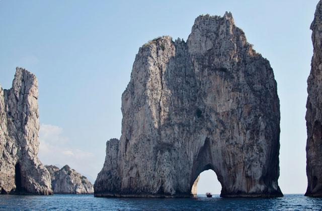A boat ride around the Isle of Capri, Italy