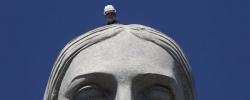 Web Sights: Repairing Rio's Christ the Redeemer
