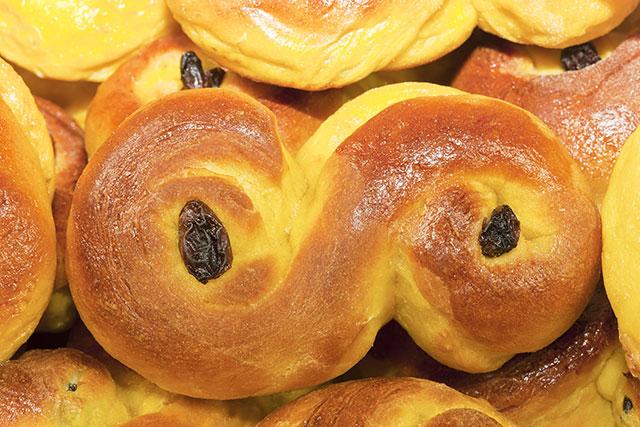 saffron-buns