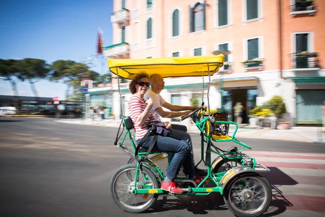 woman-in-pedicab-in-italy-by-Dominic-Casserly