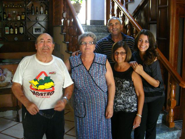 Nancy-Tiffany-and-Family-Caserta-Italy