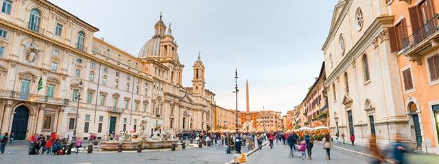 Walk in Federico Fellini's footsteps in Rome