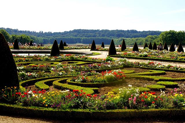 paris-france_garden_640px