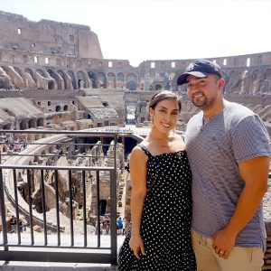 stephanie-montes-and-husband-colosseum-rome-italy