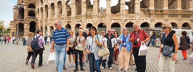 group travel guided tour rome italy colosseum