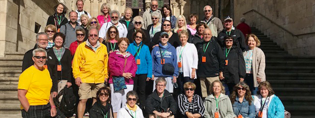 pilgrimage-tour-tips-group-cathedral