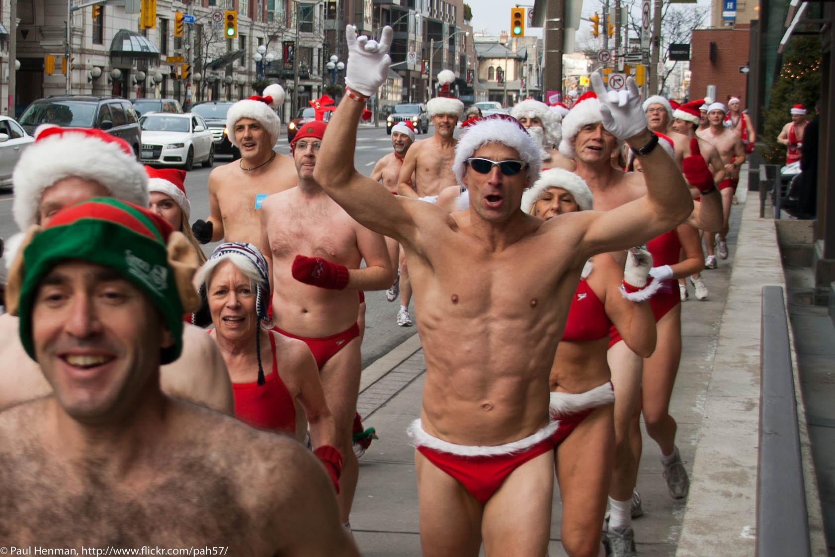 be14fe0050e35 Toronto Santa Speedo Run / GayCities Blog