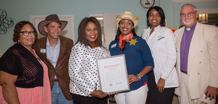 Palm Garden of Aventura was privileged to present The Honorable Florida Senator Daphne Campbell of the 38th District with a citation of 'Honorary Member for Life' status.