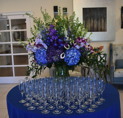 bouquet of flowers and champagne flutes