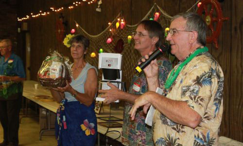 PHV's 15th Annual Benefit Dinner & Auction Draws Large Crowd of Supporters