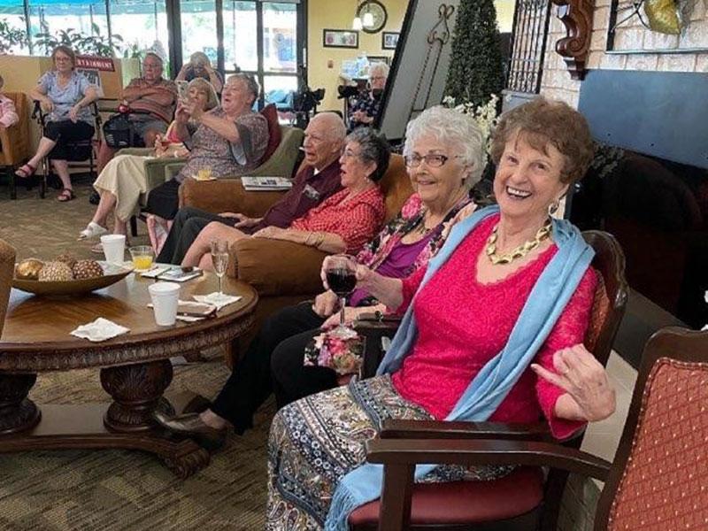 Sierra Regency residents enjoying the music and wine