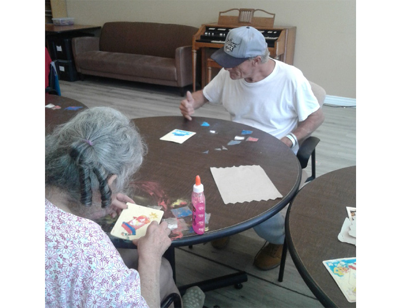 Residents crafting cards.