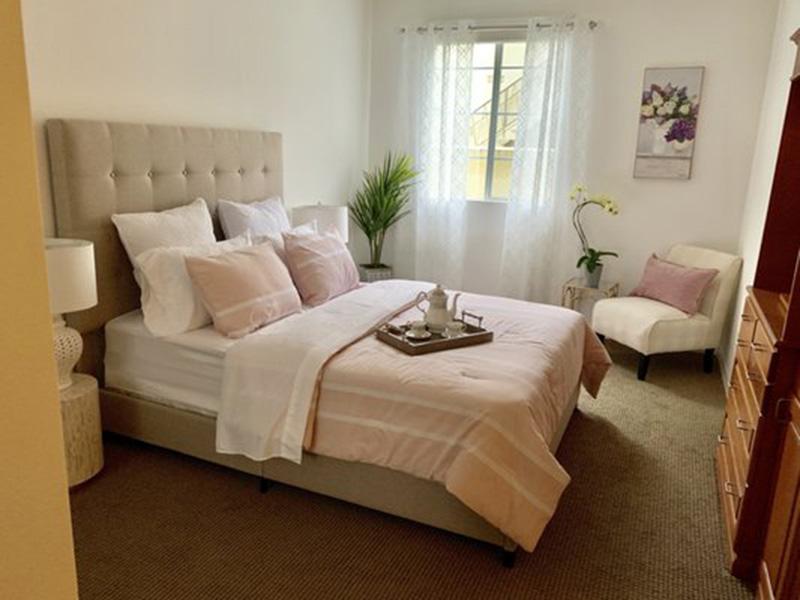 Glen Terra beautiful bedroom