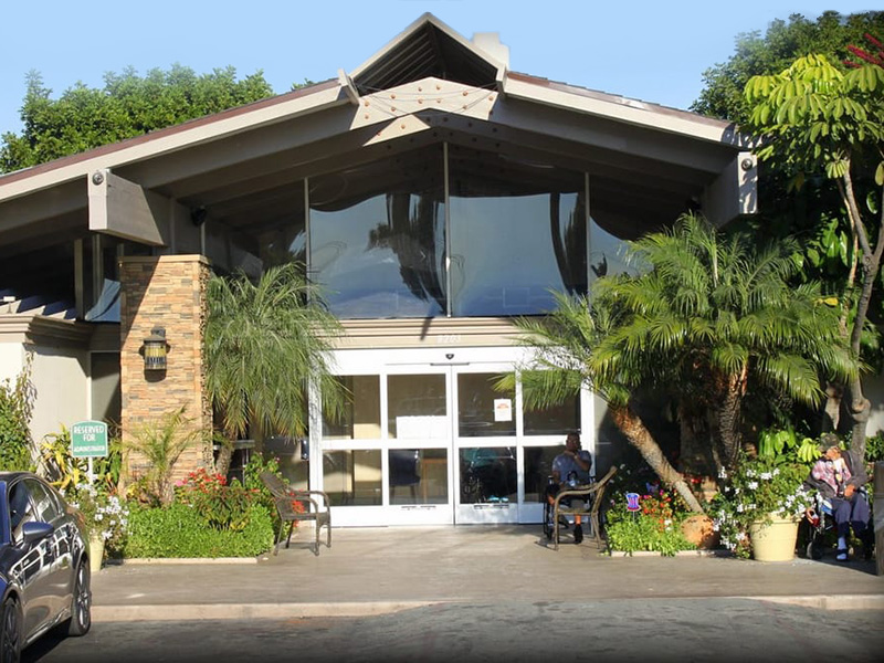 Riviera Healthcare front entry