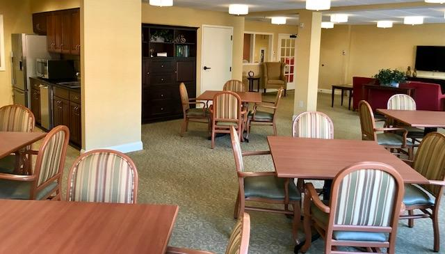 Memory care unit chairs and tables