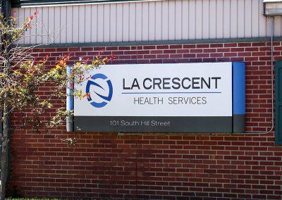 La Crescent front sign