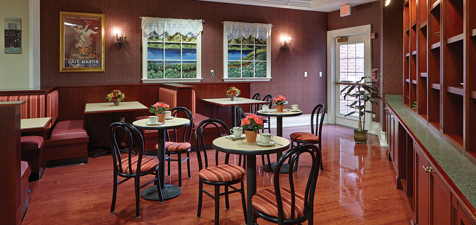 Casual dining room at Valhalla with banquets and cozy decorations