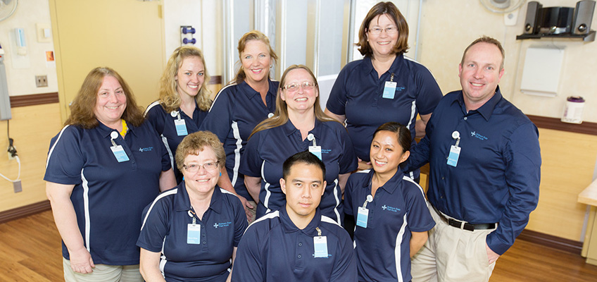 A group photo of the staff at Midtown Oaks Post Acute