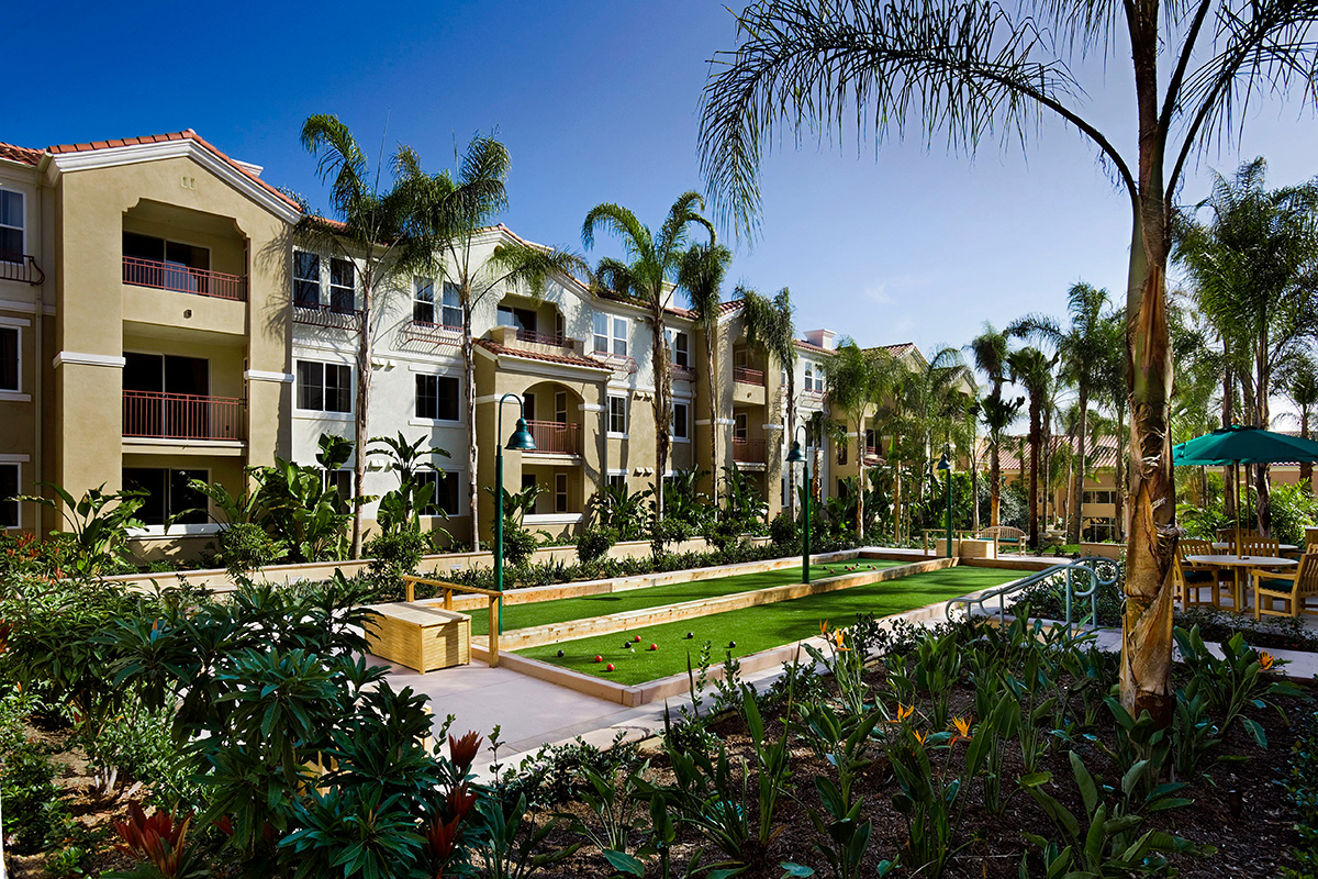 La Costa Glen Homes