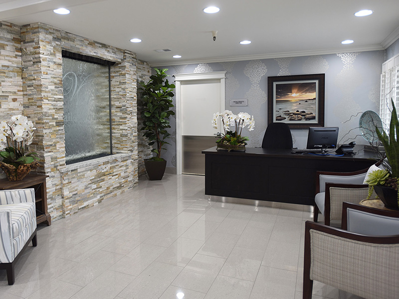Valley Pointe front lobby