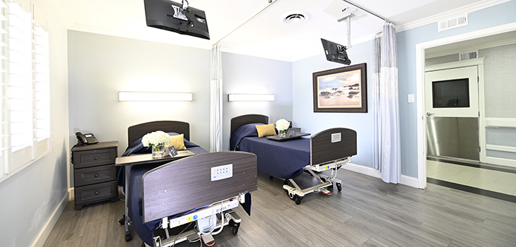 double bed room at valley pointe facility